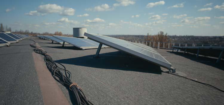 Flachdach-Montage Photovoltaik