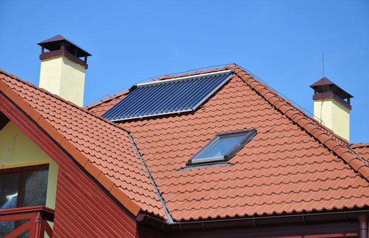 Solarthermieanlage auf dem Dach